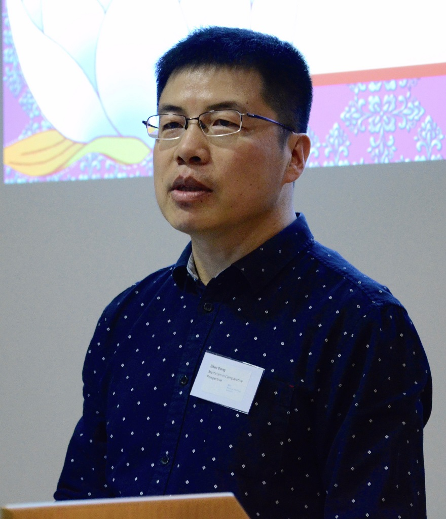 Dr Zhao Dong delivering his paper: 'Bridging the Chan and Christian Mysticisms of Emptiness in the Heart Sutra and the Gospel of John'. Photographer: Pol Hermann