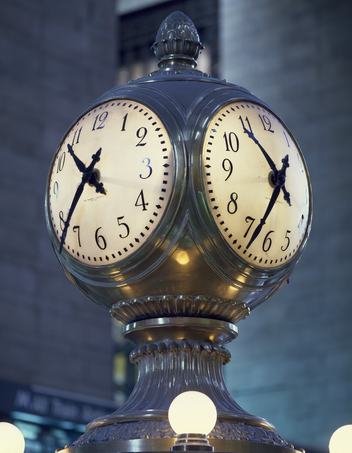 Clock in the central concourse of Grand Central Station, New York. Photograph by Carol M. Highsmith (Public domain), via Wikimedia Commons
